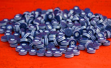 250 white and blue STRIPED BUTTONS - 5mm thick! - choose from sizes 18L 16L 14L - great quality - Made in ITALY