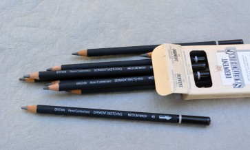 VINTAGE DERWENT Sketching Pencil - 4B - Made in Great Britain