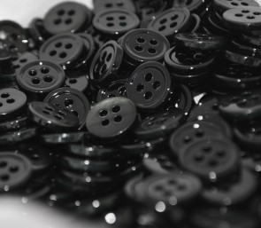 Beautiful JET BLACK Colored Mother of Pearl MOP BUTTONS - 18L 16L 14L MADE IN ITALY