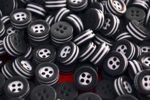 14 white and black STRIPED BUTTONS for 1 complete shirt - 5mm thick! - great quality - Made in ITALY