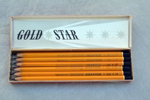 VINTAGE BOHEMIA WORKS GOLD STAR 1860 Pencil - 6B - Made in Czechoslovakia